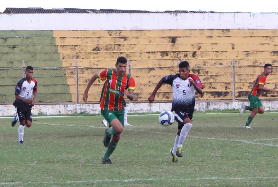 499c0f2c548e6 A seleção codoense participou pela primeira vez da Copa Codó de Futebol  base
