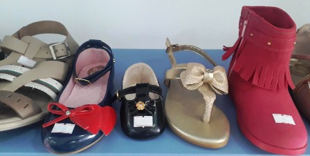 175cdf4b2 A loja Mundo do Bebê comunica a super promoção de roupas, calçados e Bolsas  que vai até sábado dia 06 de Abril.